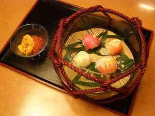 浮き玉寿司!.JPG